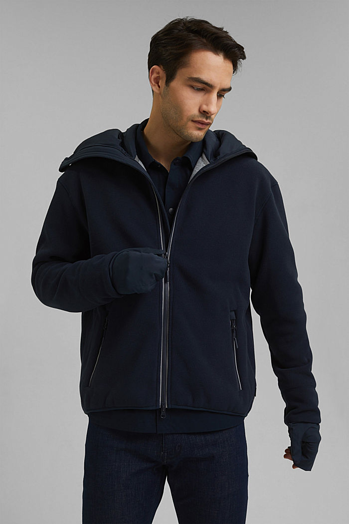 #ReimagineFlexibility: funktionelle Fleece-Jacke