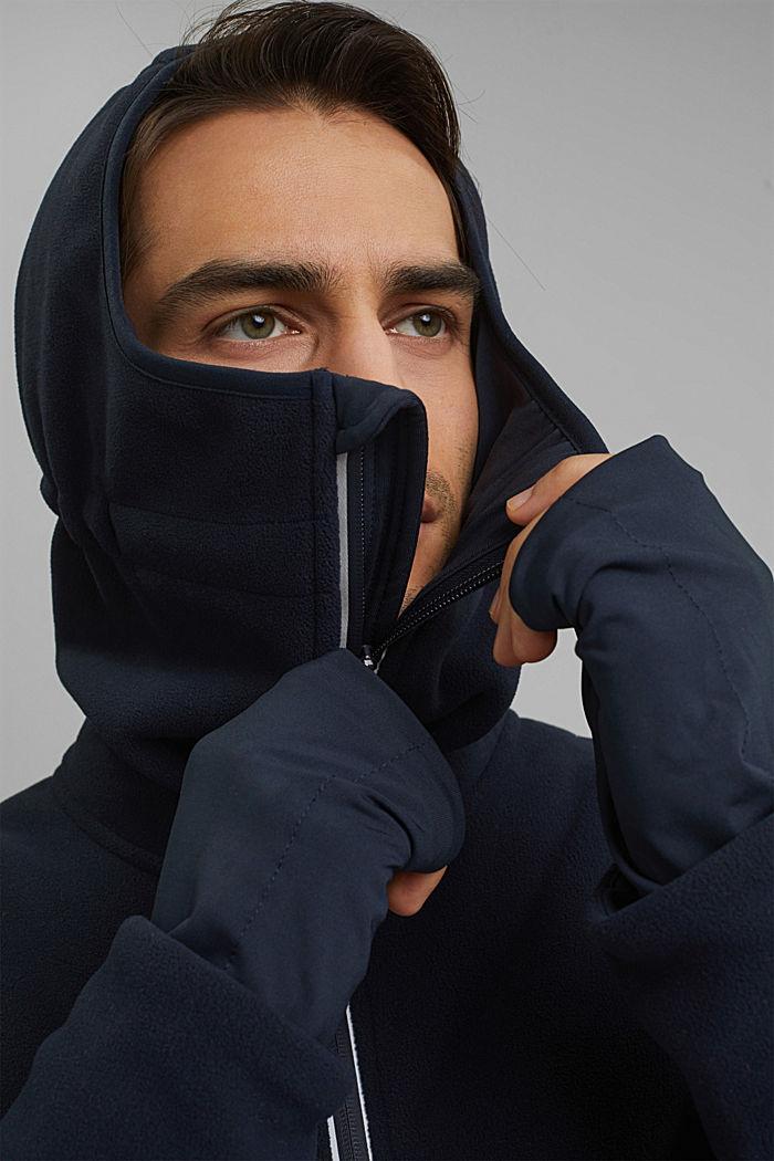 #ReimagineFlexibility: functional fleece jacket