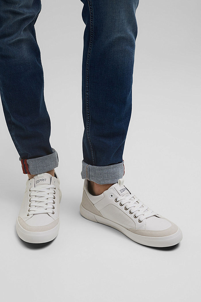 Perforierte Sneaker in Leder-Optik
