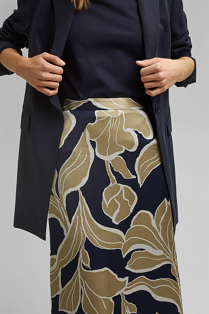 Floral print satin skirt in a midi length, NAVY, detail image number 2