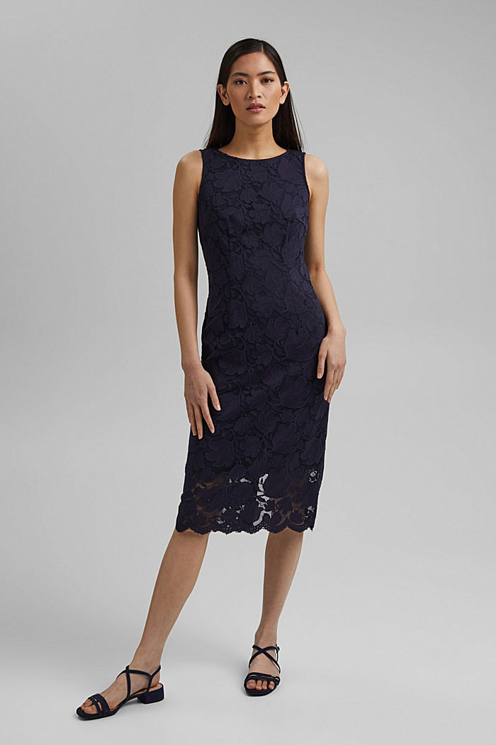 Stretch sheath dress in lace