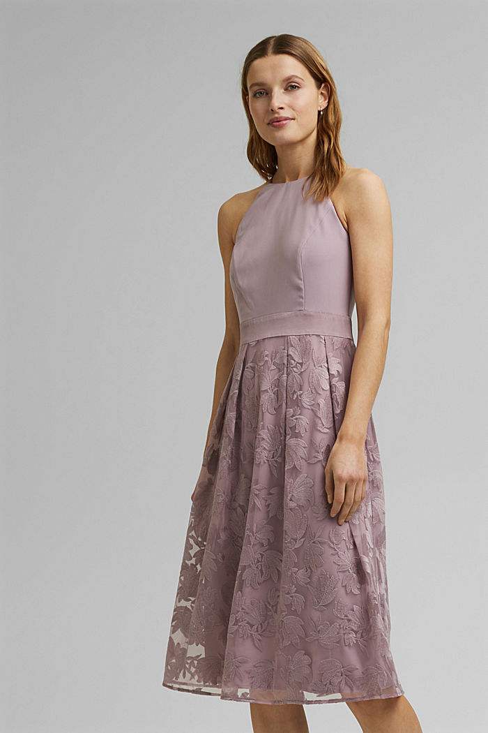 Dress with floral lace embroidery