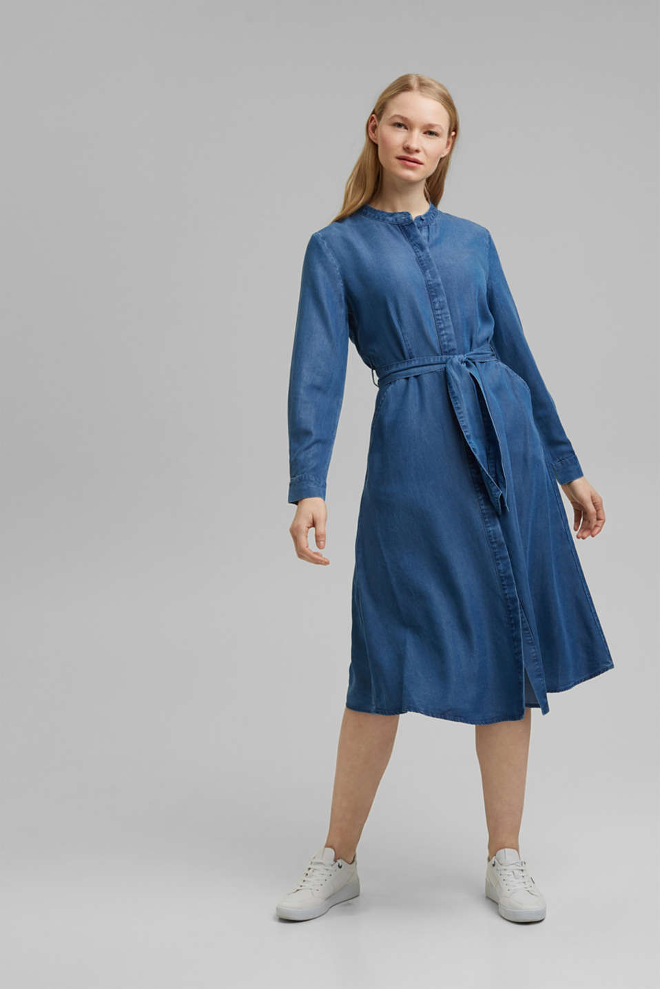 Esprit - Made of TENCEL™: denim-effect dress