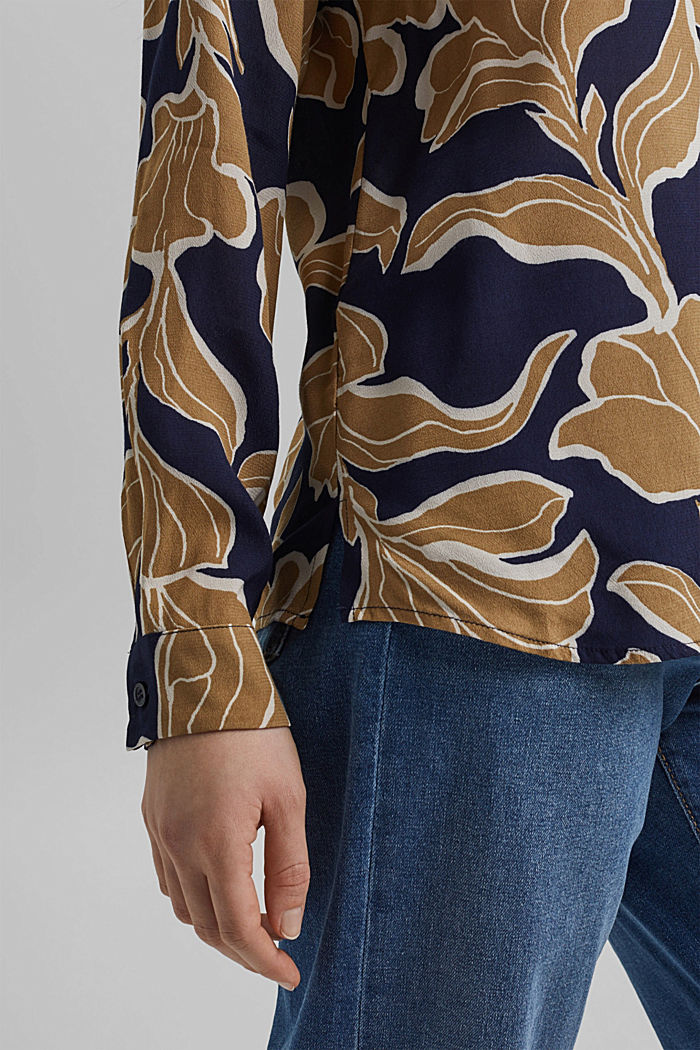 Blusa a fiori con LENZING™ ECOVERO™, NAVY, detail image number 5