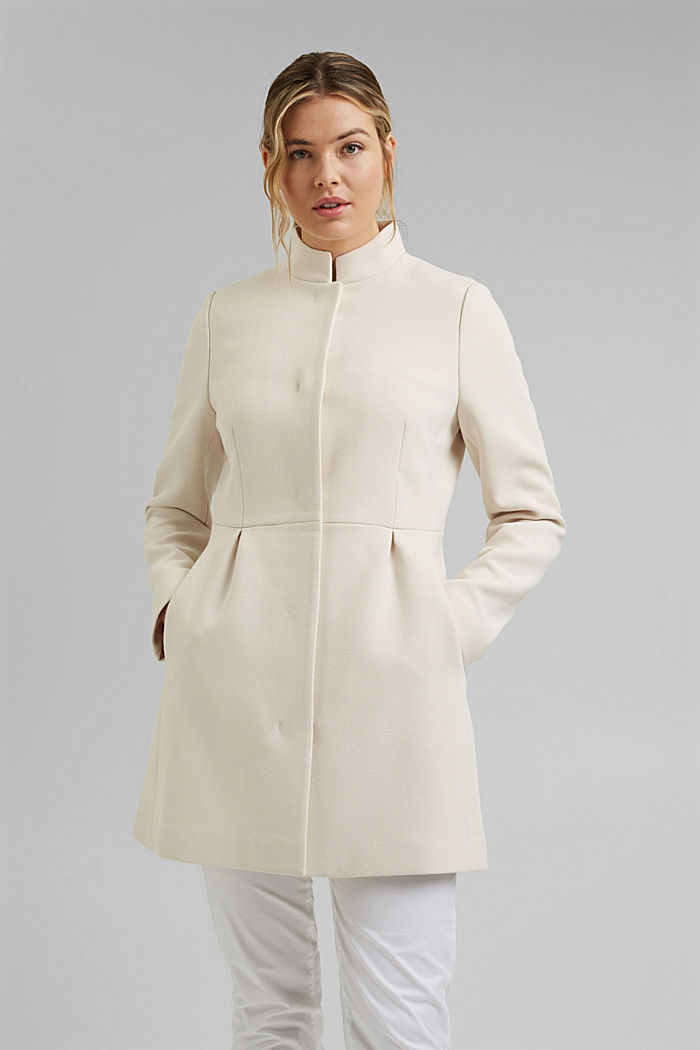 Recycled: short coat with inverted pleats, CREAM BEIGE, detail image number 1