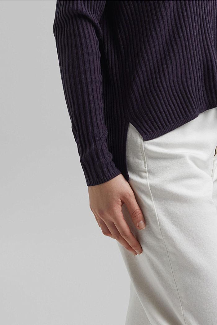 En TENCEL™ et laine: le pull-over côtelé à encolure en V, NAVY, detail image number 5