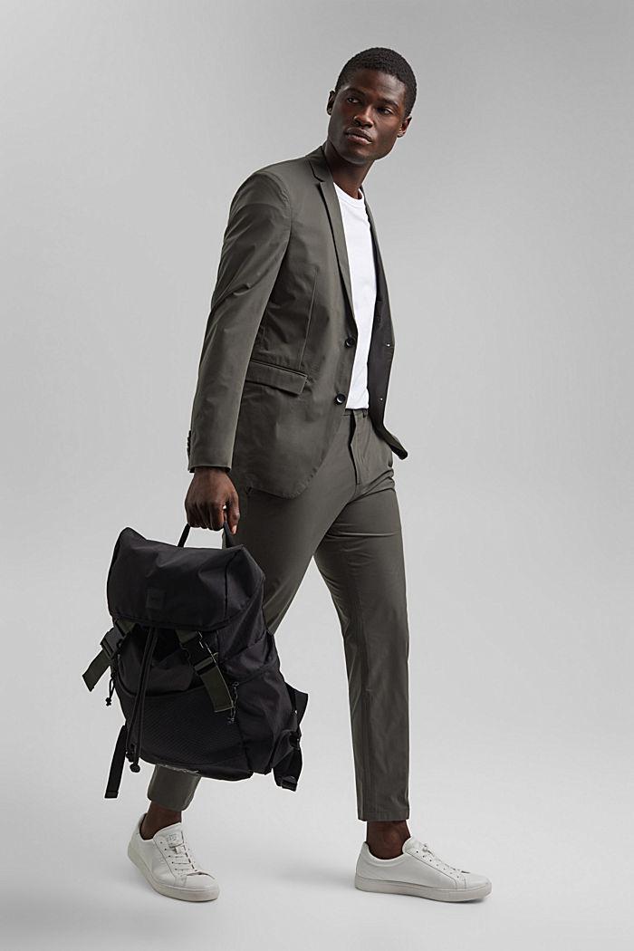 #ReimagineFlexibility: breathable trousers