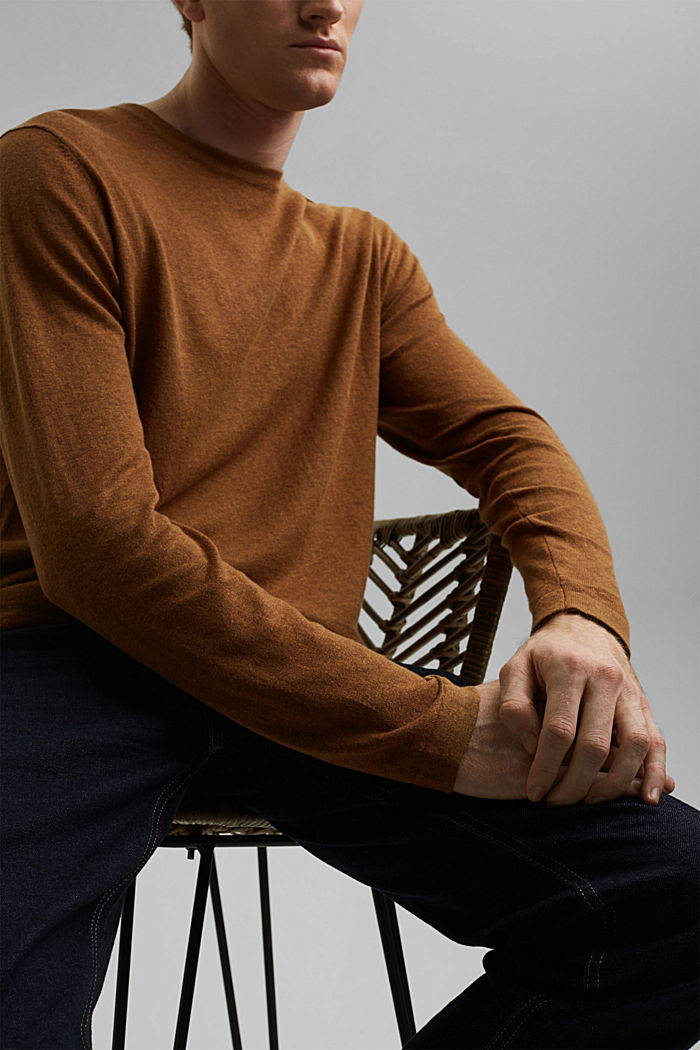 With hemp: Fine knit jumper, CAMEL, detail image number 2