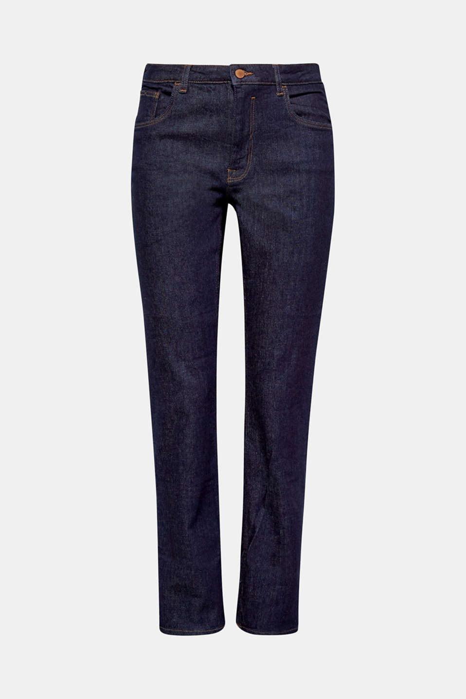 These high-rise jeans in a dark blue denim with fair organic cotton are clean, stylish and sustainable.