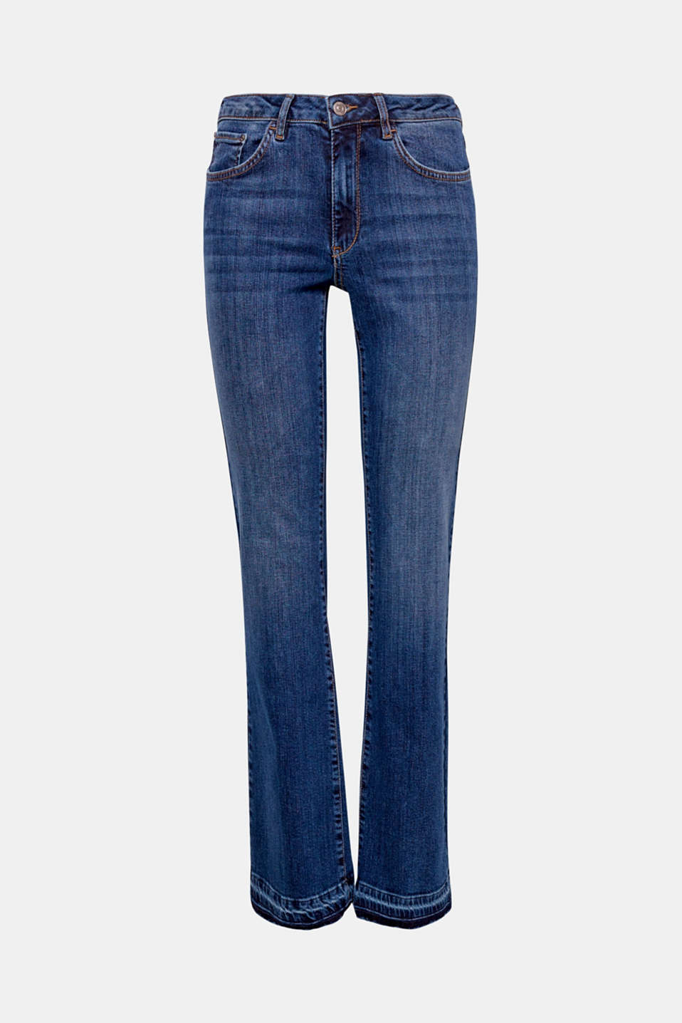 All-time favourite: these slim-fitting bootcut jeans are particularly casual thanks to their frayed hems!