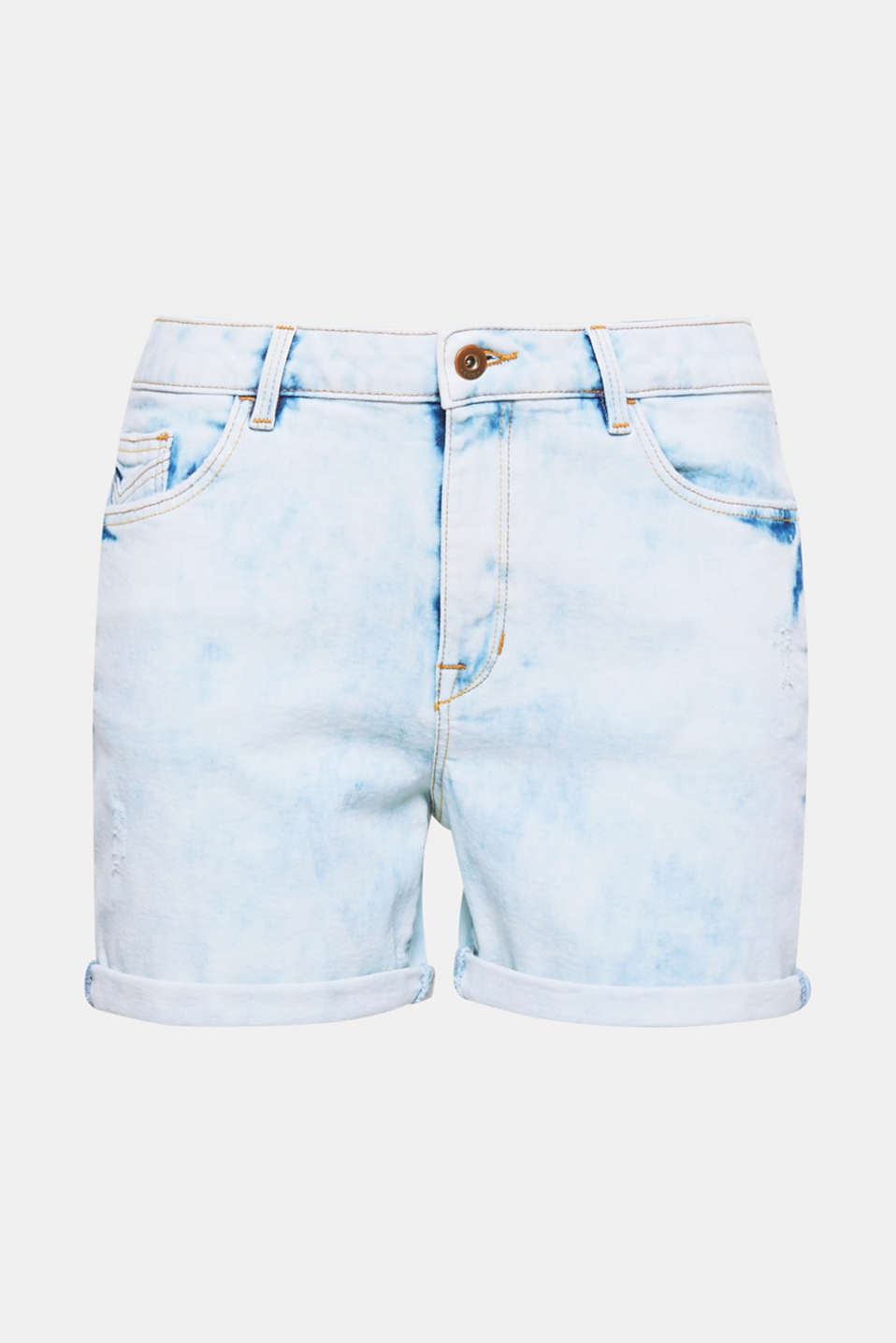 A must-have essential for cool summer looks! Shorts in distressed, stretch denim with adjustable turn-up hems.