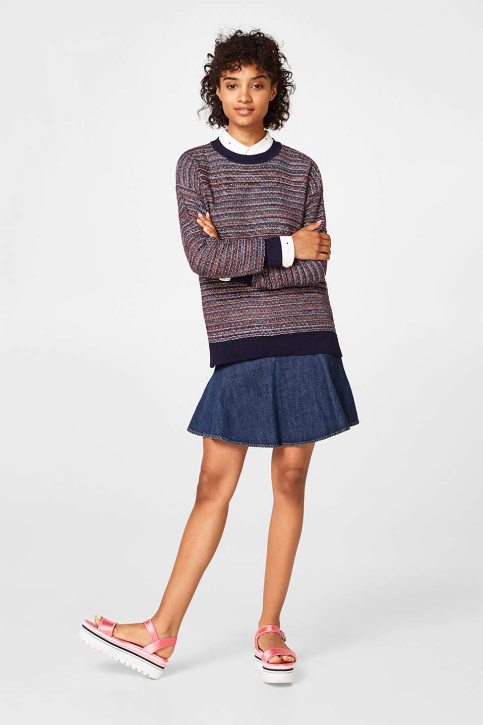 Fine knit jumper in a lurex look