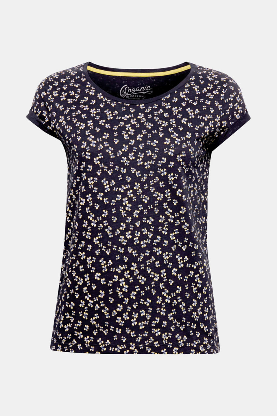 The charming all-over print and sustainable organic cotton make this T-shirt a true favourite piece.