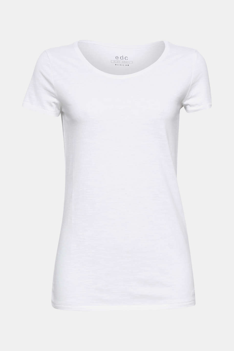 This slub T-shirt made of environmentally friendly, premium organic cotton is a basic for casual looks,