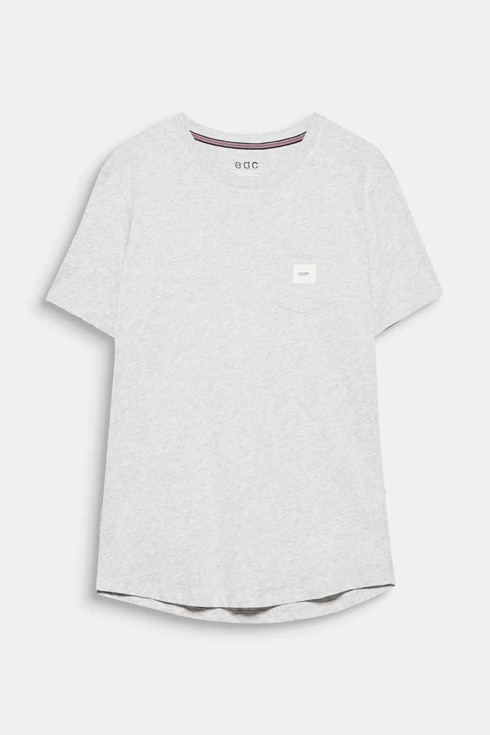 A sporty basic with a touch of street style: crewneck T-shirt made of blended cotton.