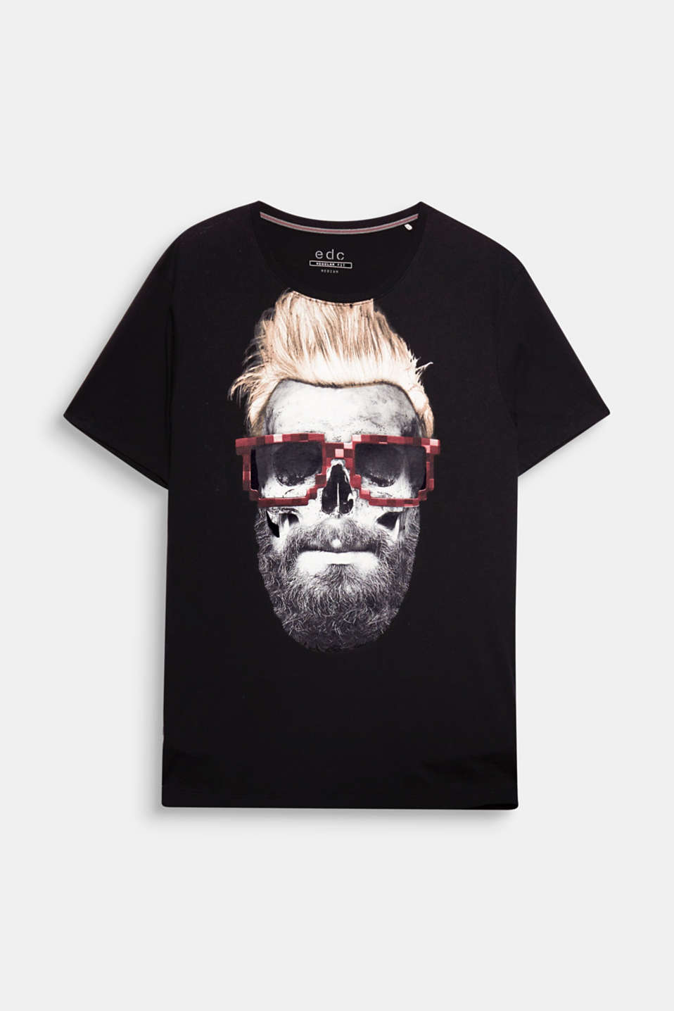 The cool hipster skull print makes this pure cotton jersey top an urban eye-catcher.