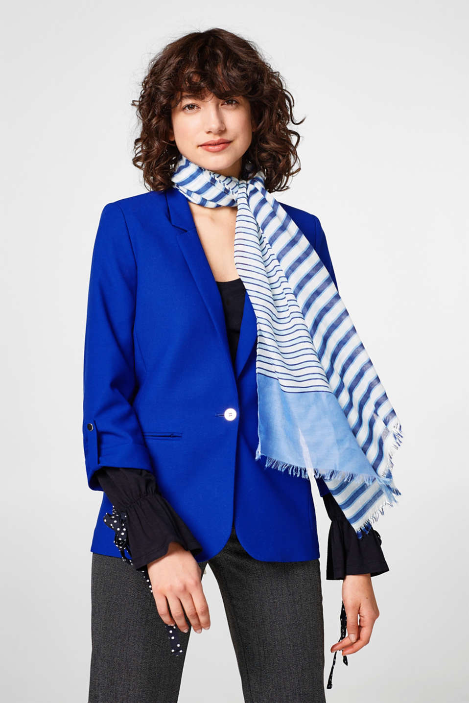 Flowing striped scarf