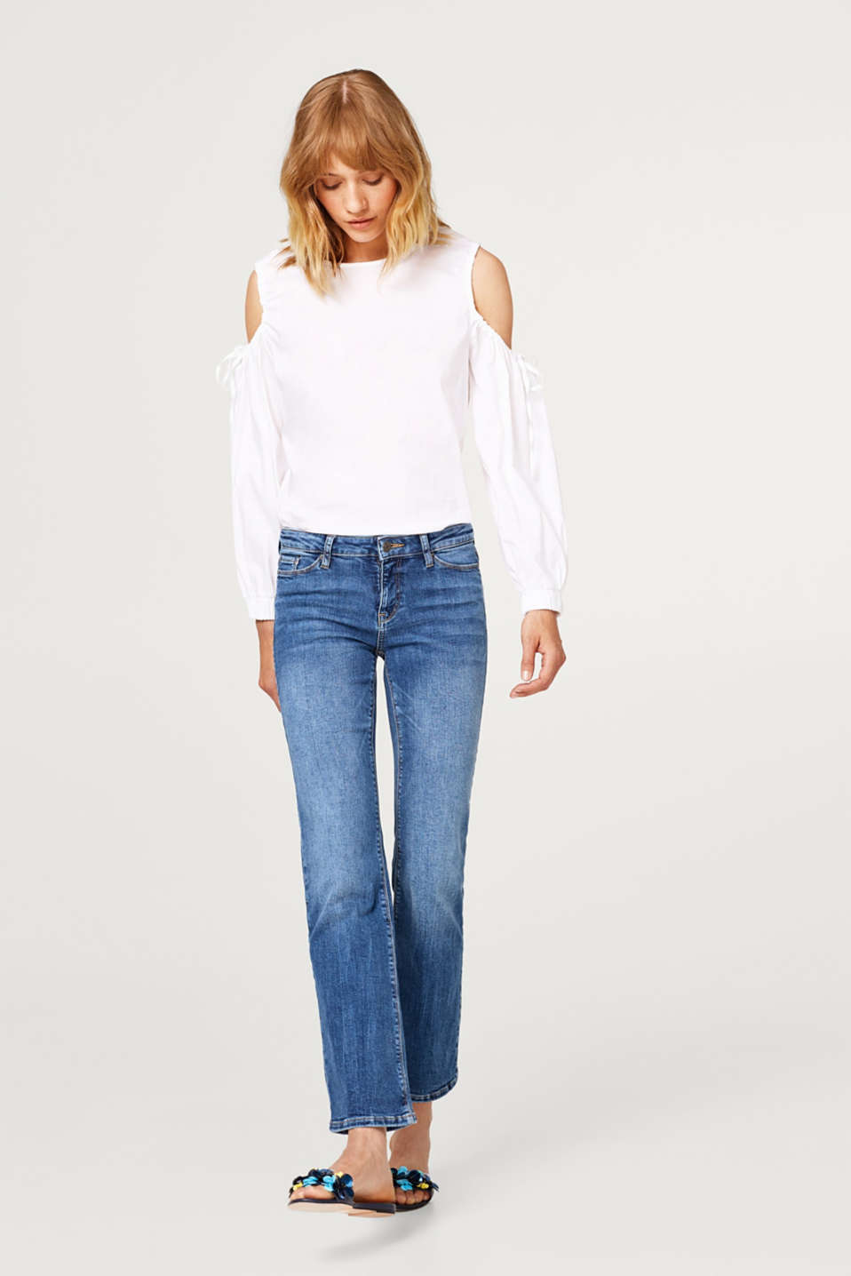 Bootcut style super stretch jeans