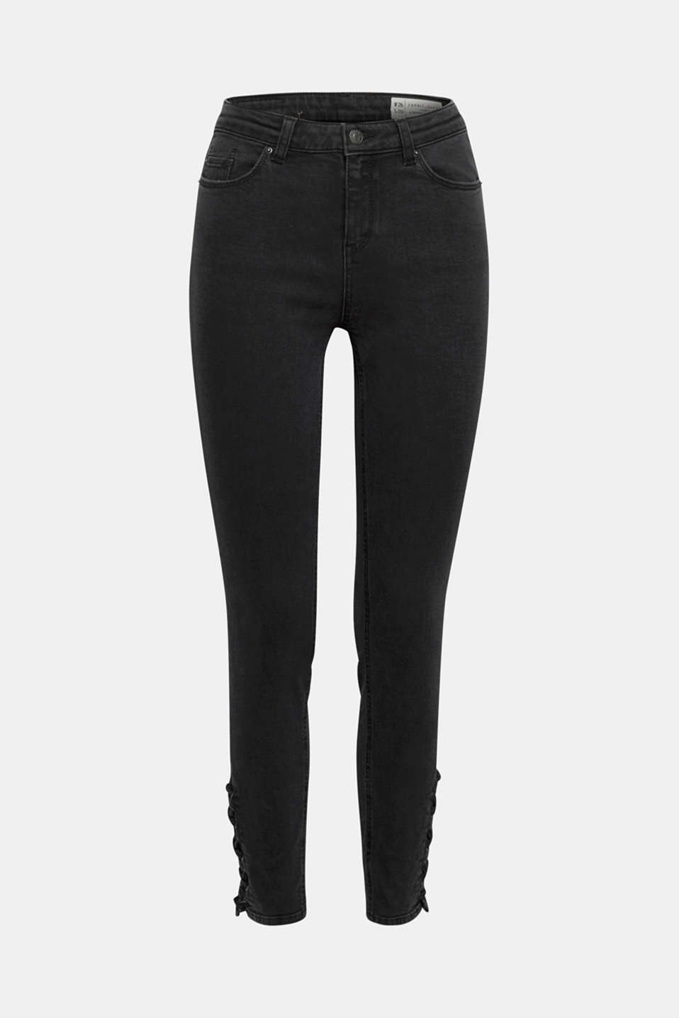 The lacing effects on the side at the leg hem emphasise the skinny line of these high-waisted jeans!