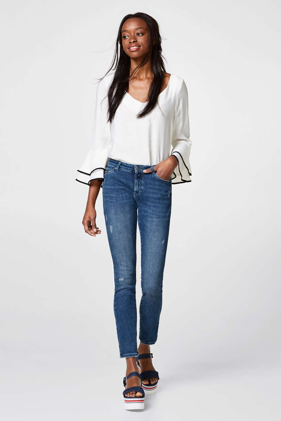Super stretch jeans with zip pockets