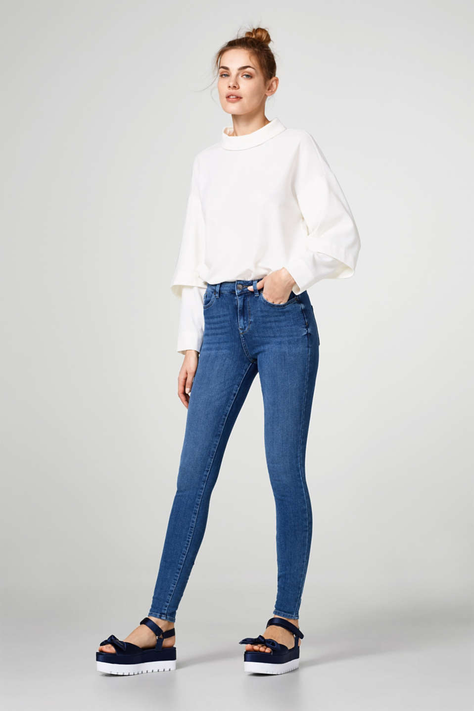 Shaping-Jeans mit 4-way-Stretch