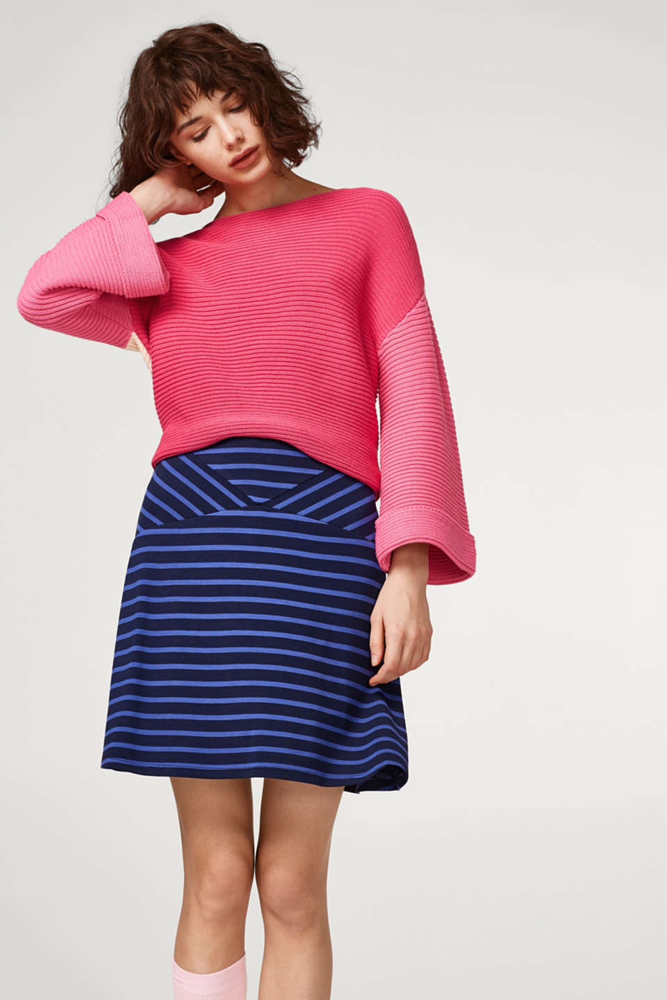 Esprit - Swirling skirt with stretch