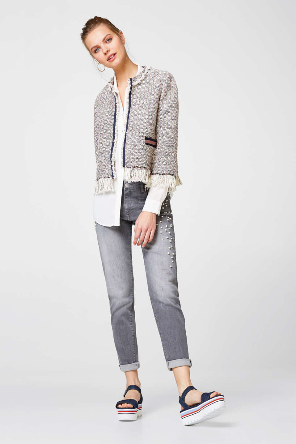 Cropped bouclé jacket with glitter + fringing