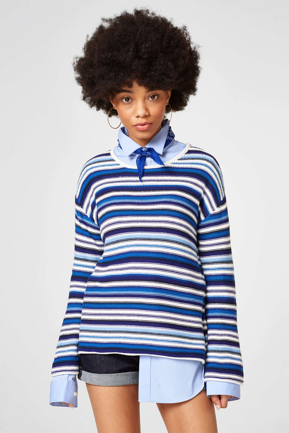 Esprit - Sporty jumper with trumpet sleeves