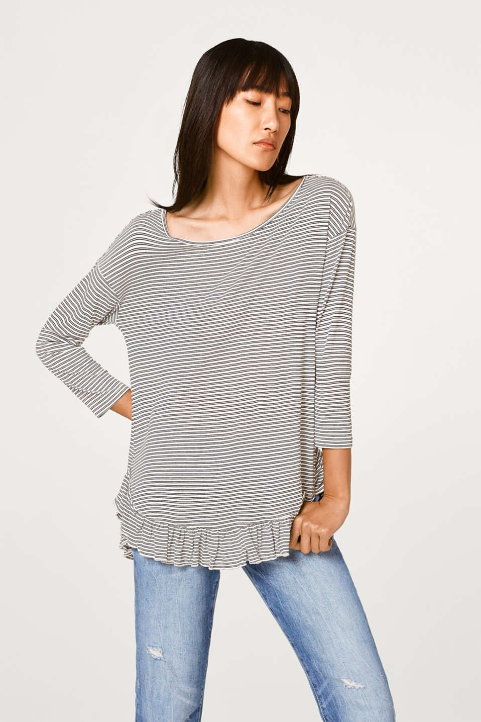 Esprit - Silky striped top with a frilled hem