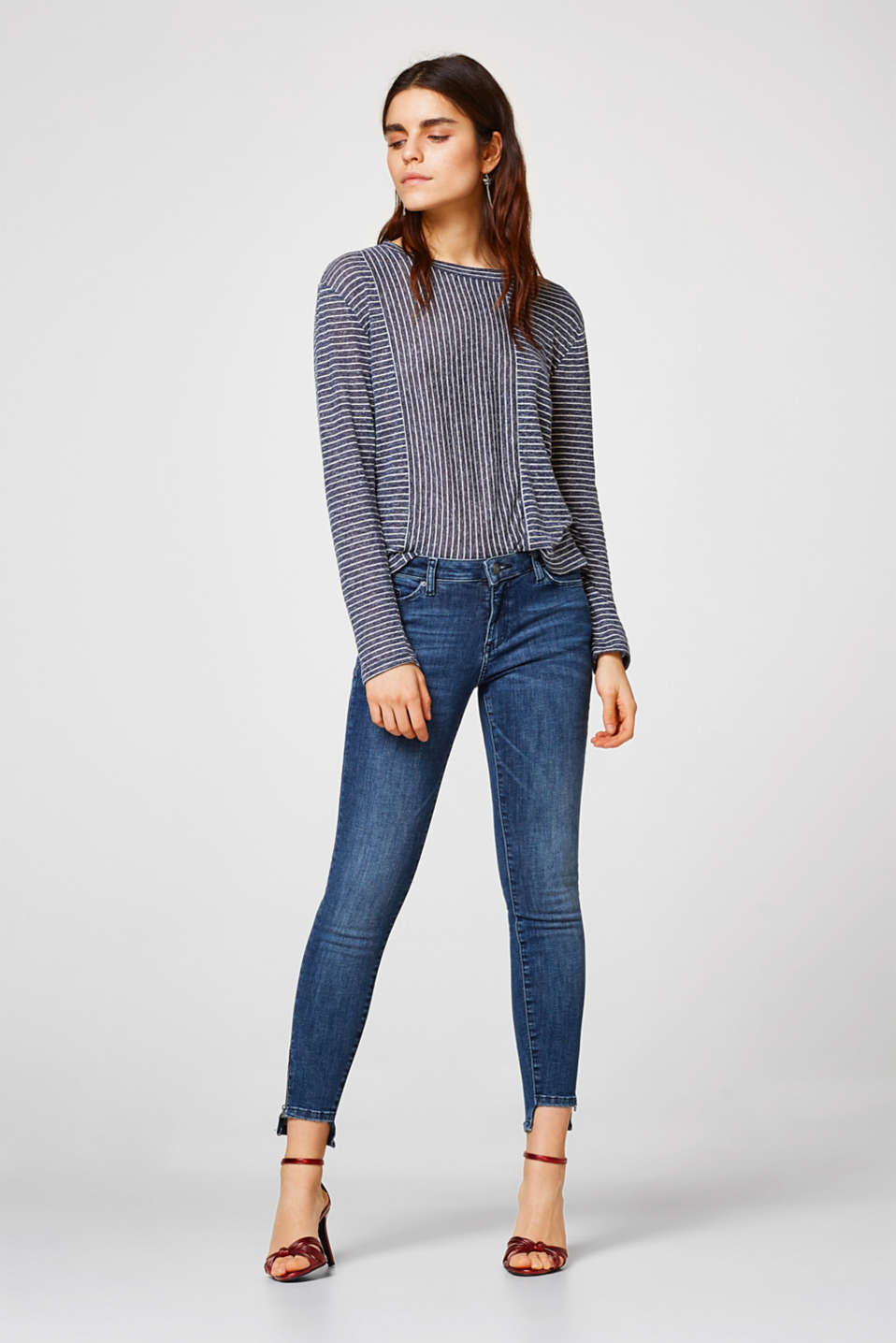 Airy, boxy long sleeve top + mixed stripes