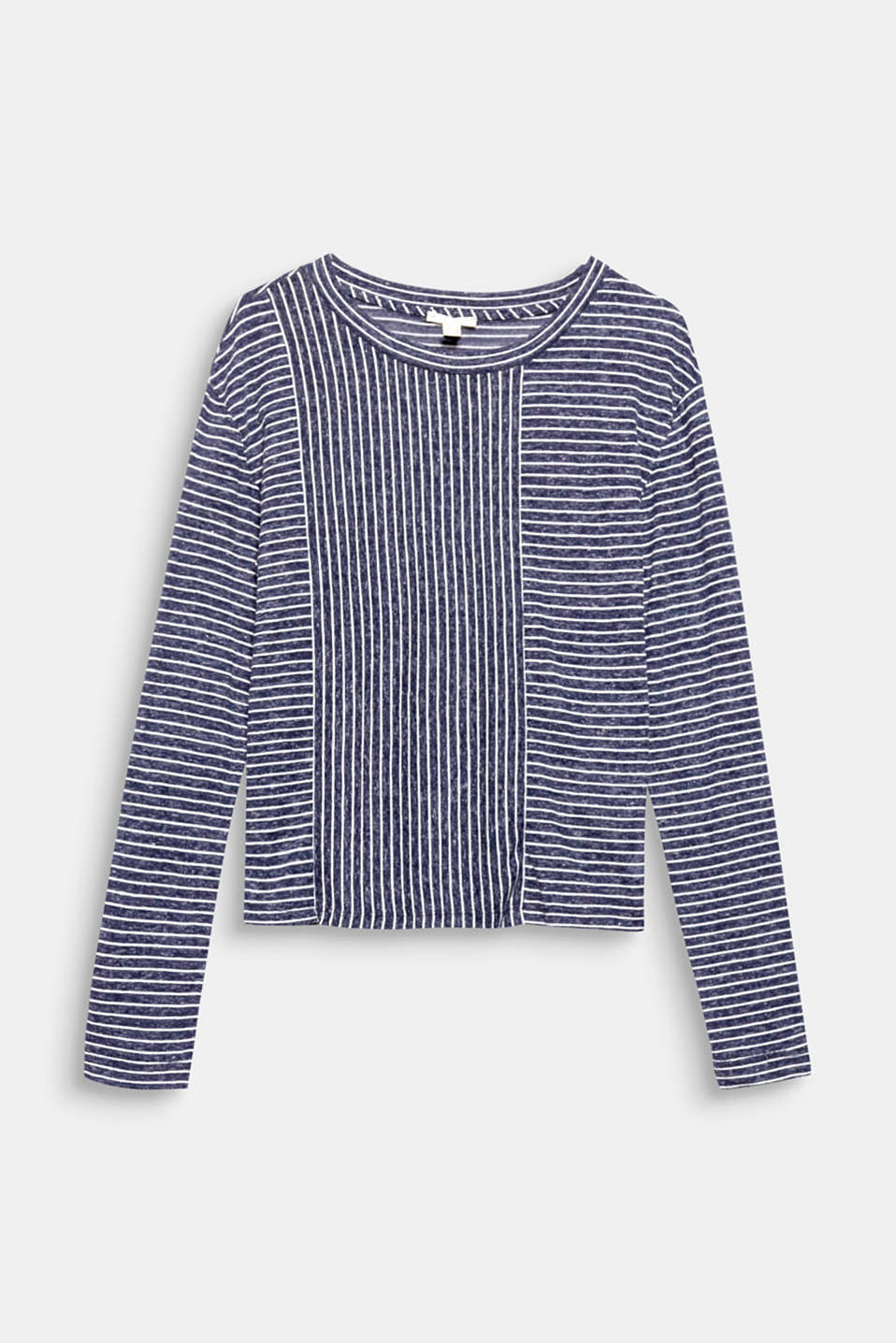 This boxy, short long sleeve top with airy linen and a melange look is delicate and lightweight and features modern stripes!