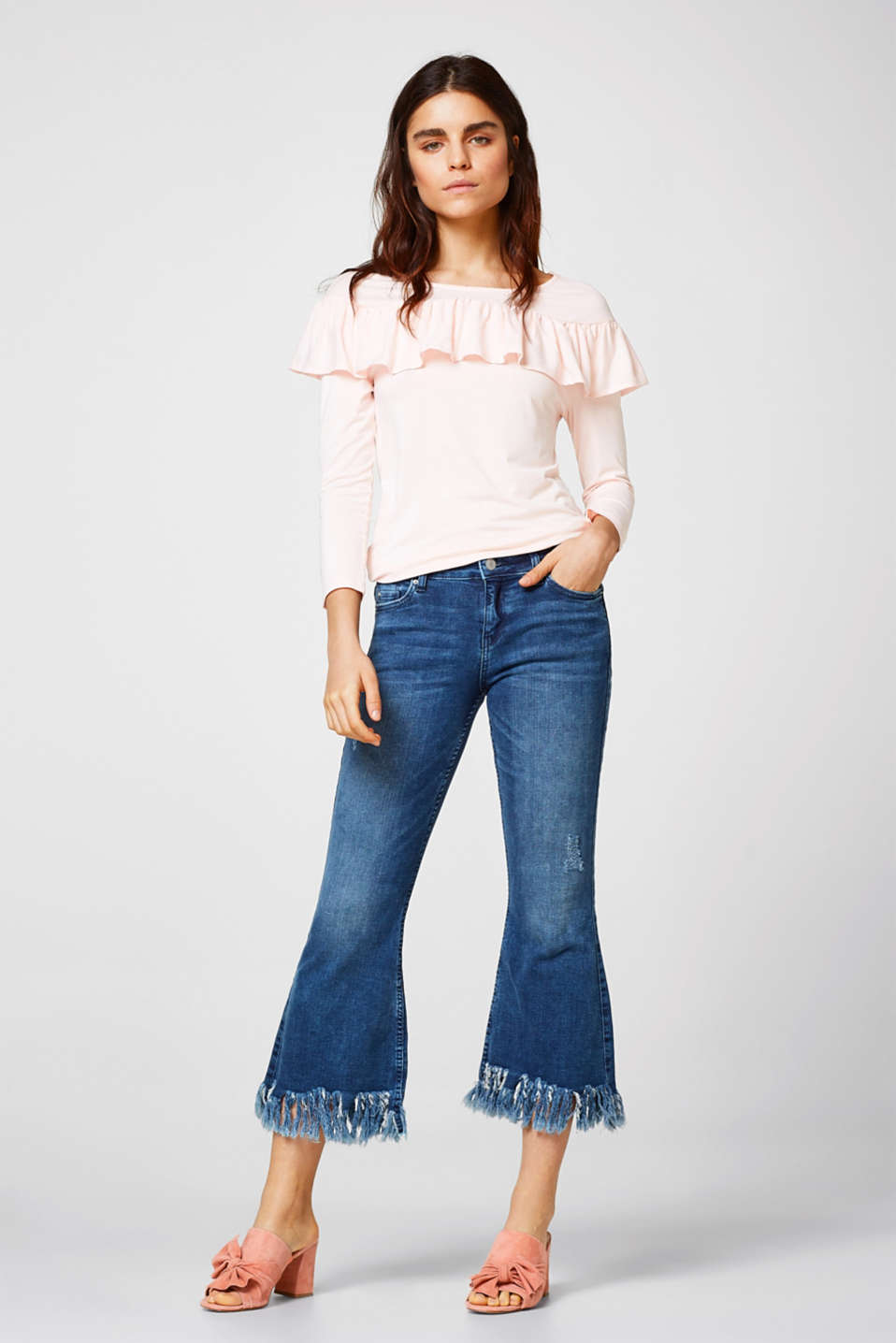 Stretch top with a pretty frill