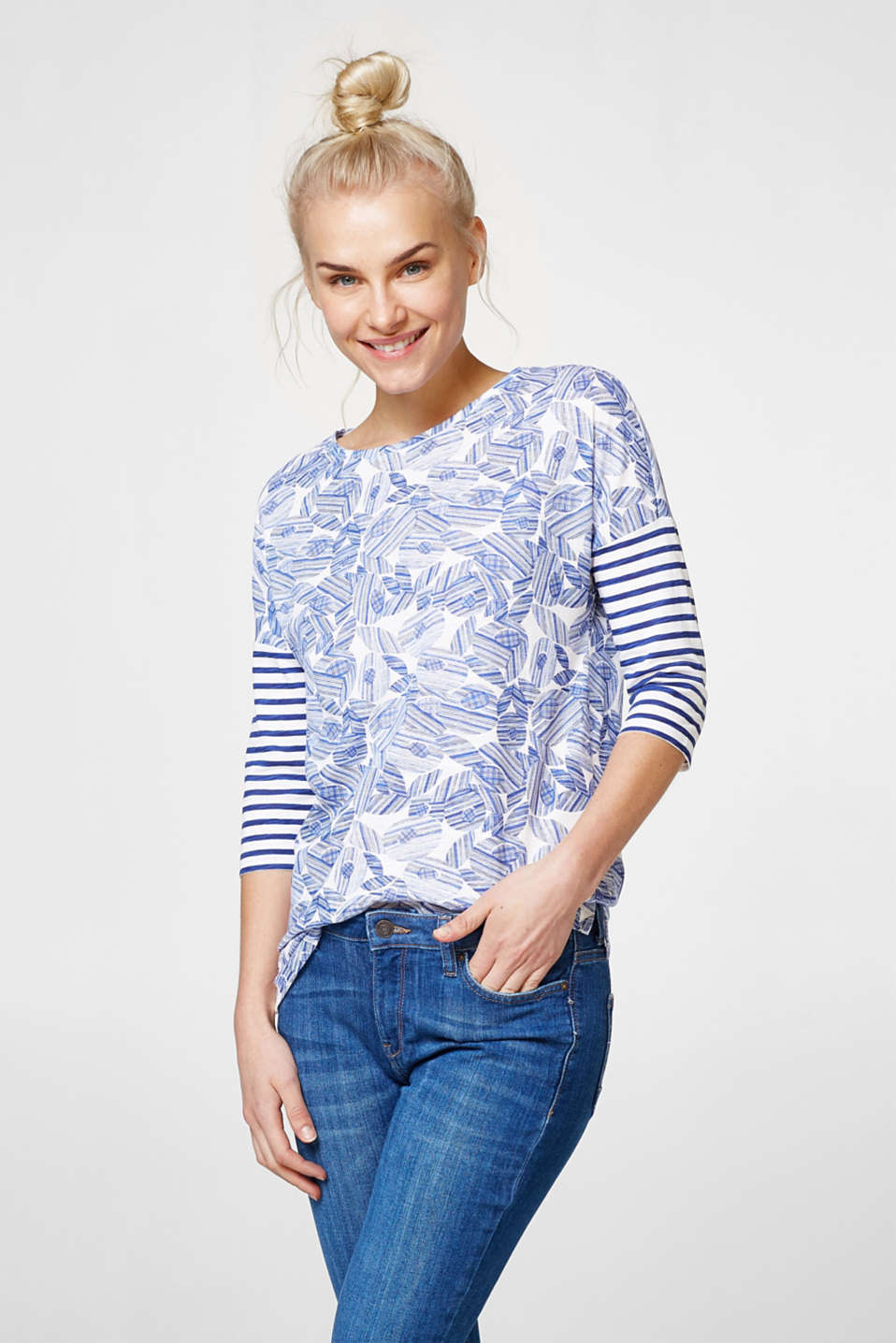Esprit - Casual top in mix of patterns