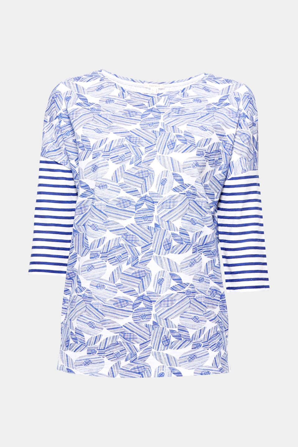 Abstract flowers and sporty stripes – a brand new look for this top with dropped shoulders!