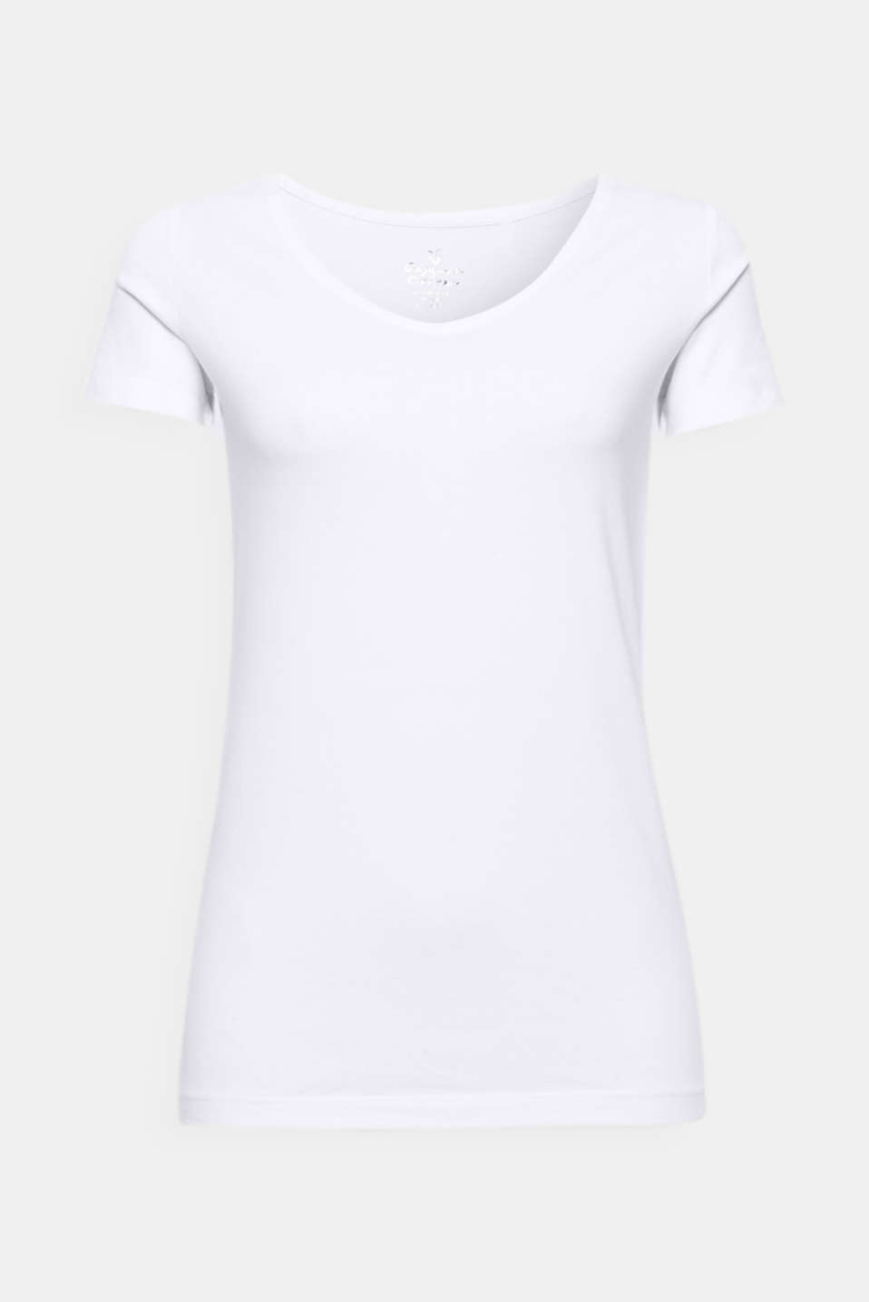 This stretchy T-shirt with gently processed organic cotton and a V-neckline is a versatile must-have!