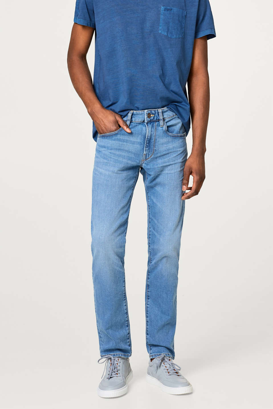 Esprit - Bright stretch jeans in a light wash