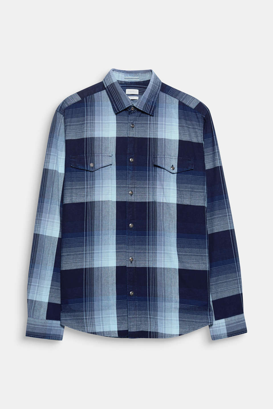 Indigo-dyed! The premium indigo dye enhances the check pattern of this shirt.