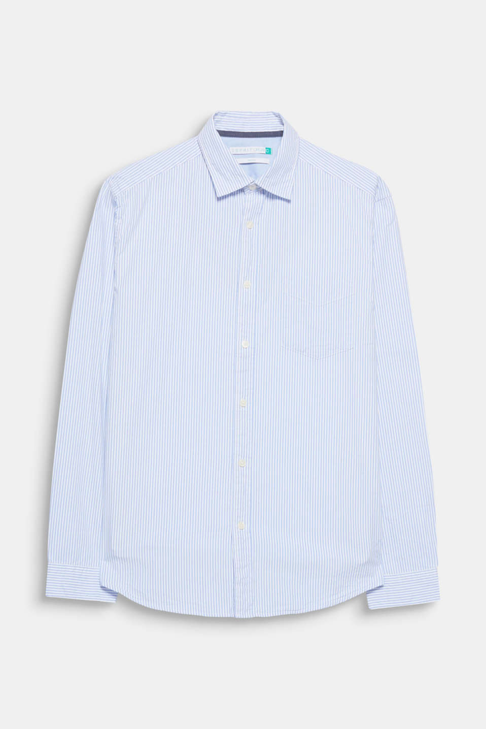 For your lightweight leisure look: timeless stripes and the lightweight Oxford fabric make this shirt a favourite.