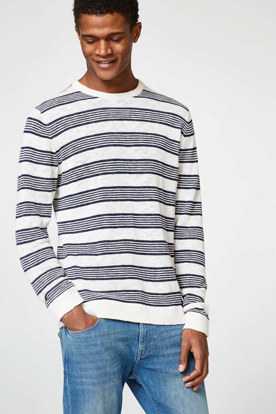 Esprit - Striped jumper in cotton knit