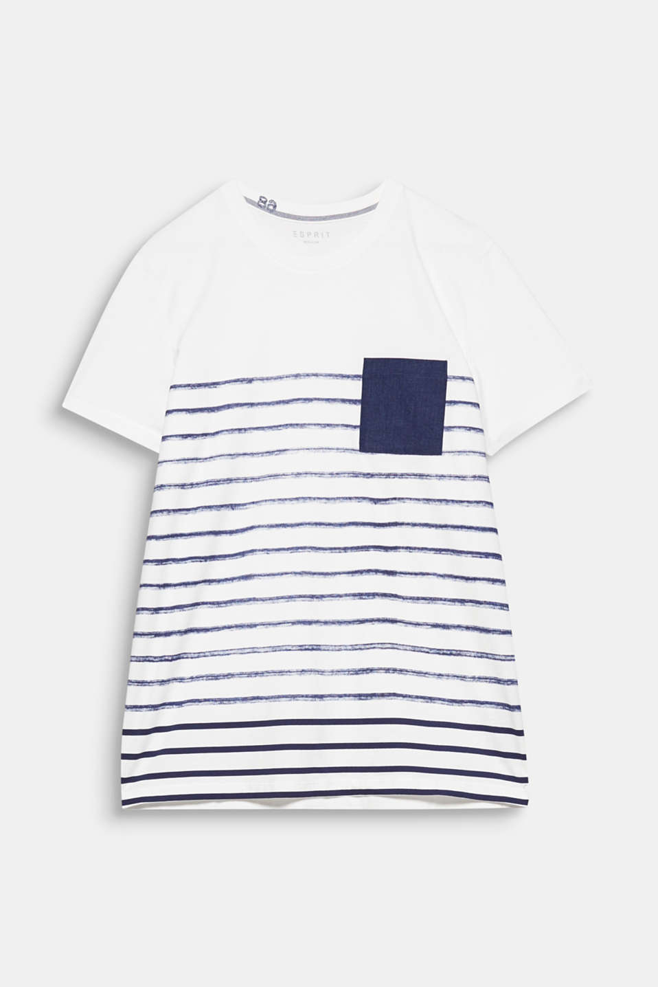The patch breast pocket in a denim style and stripes in a DIY look give this top its urban look.