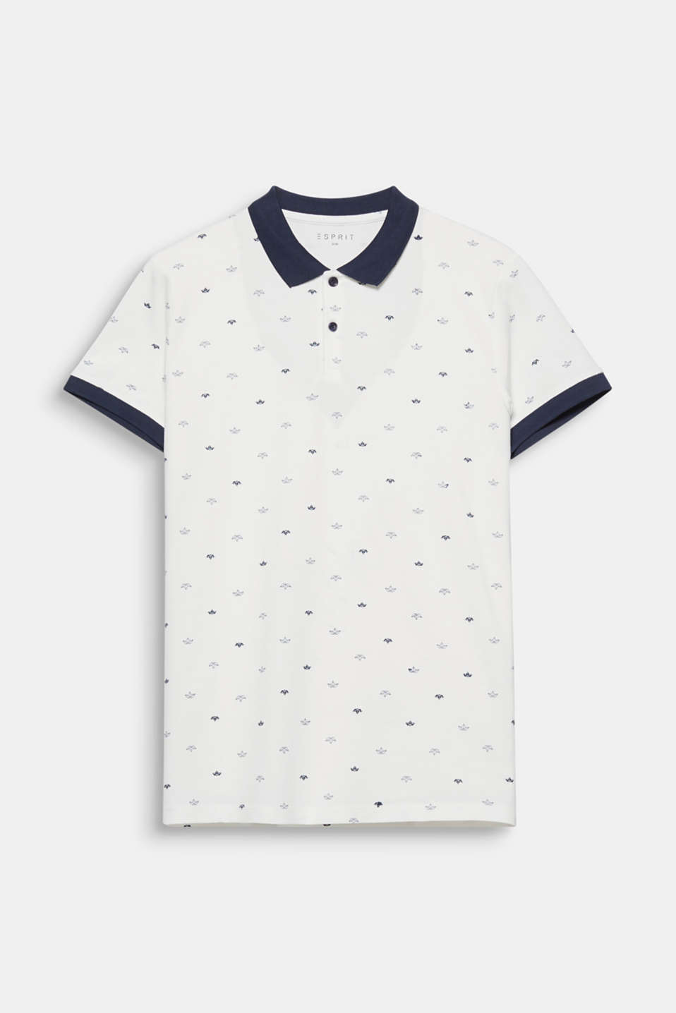 Nautical style with a twist: This polo shirt in a combination of nautical colours is embellished by little boats.