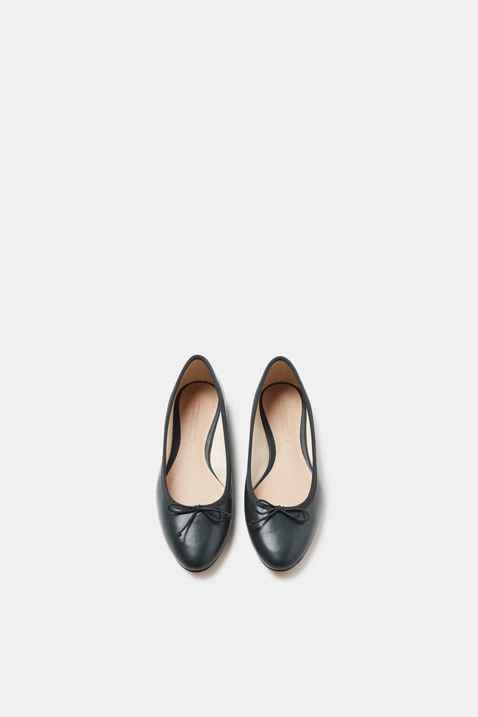 Smooth faux leather ballerinas
