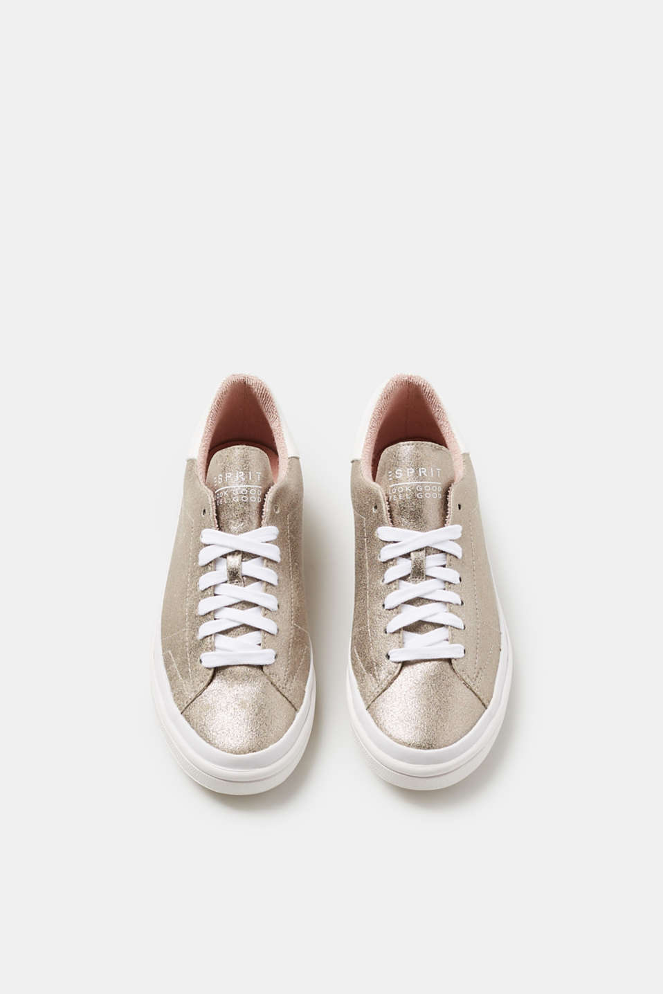 Trendy trainers in a metallic finish