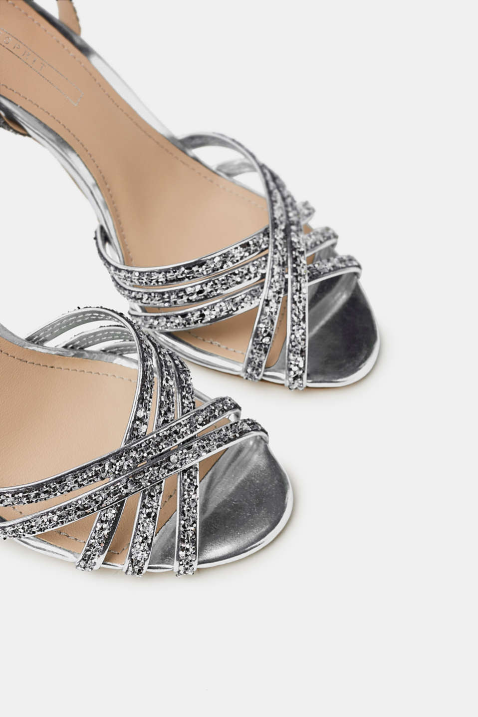 Sandals with sparkling glitter