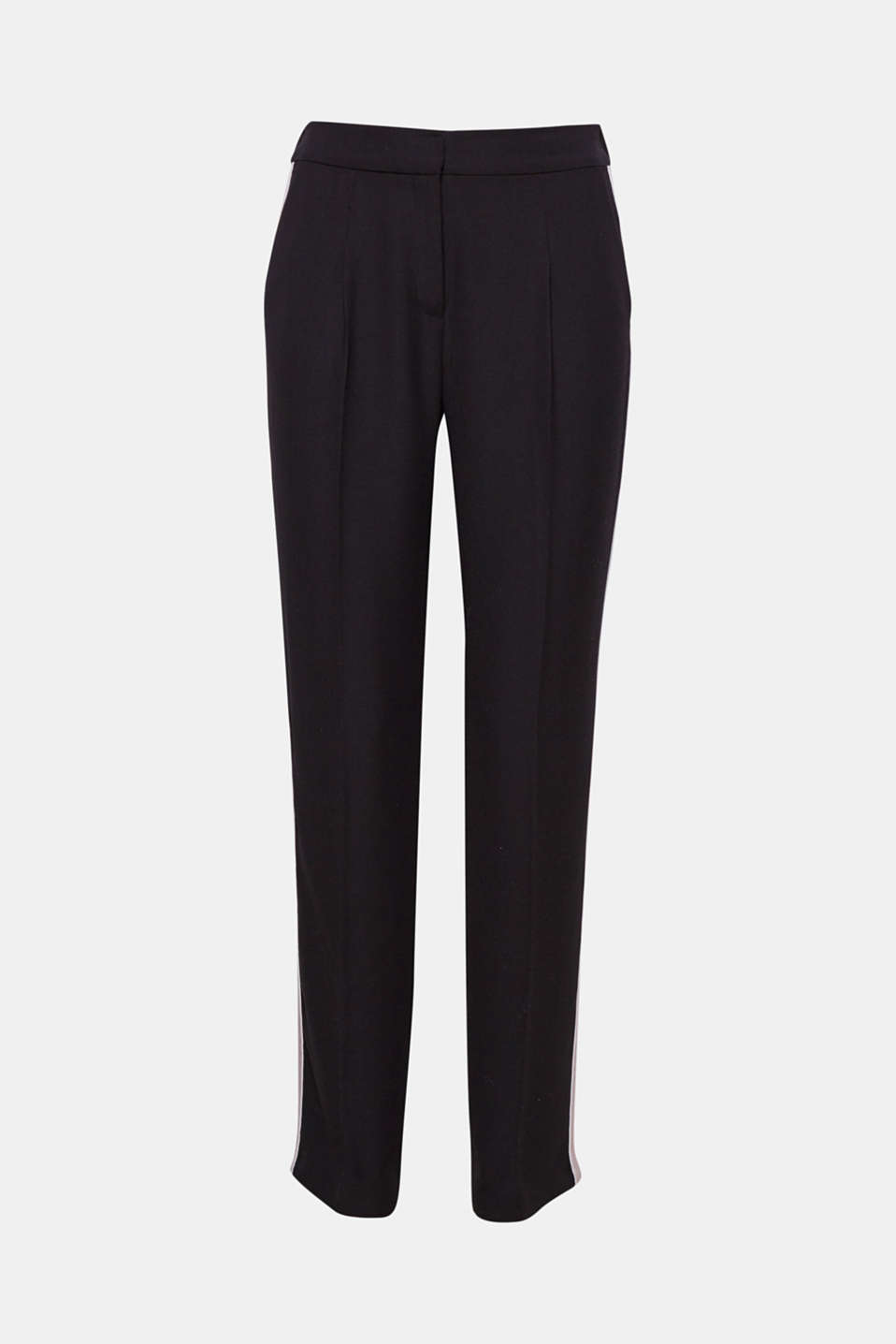 Flowing fabric, straight cut, decorative tuxedo stripes: these trousers combine modern chic with sporty kick!