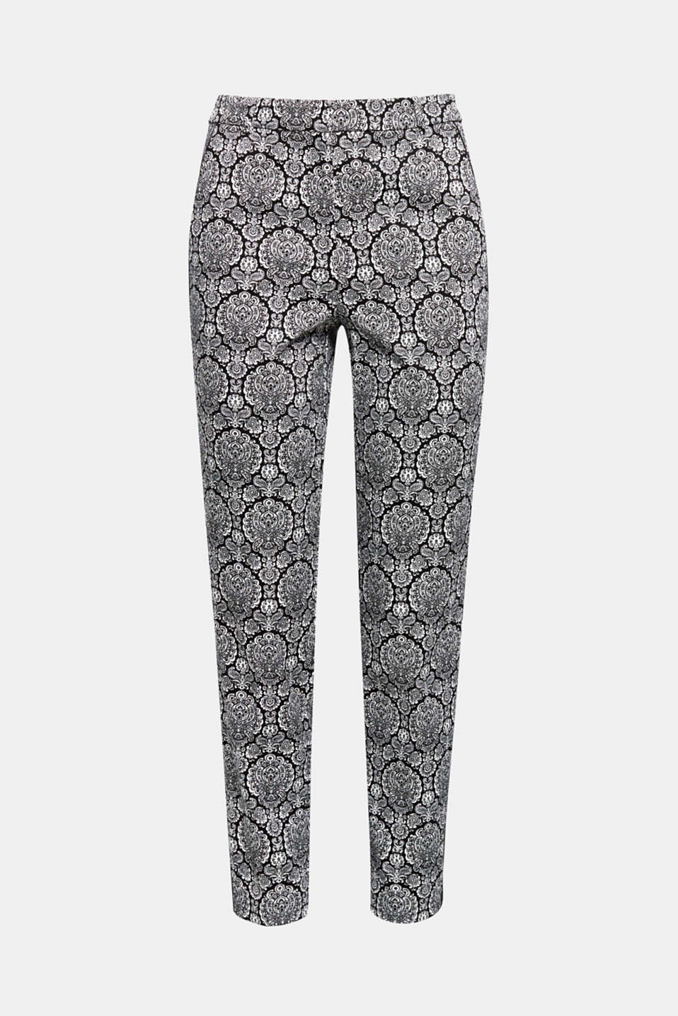 The firmer stretchy fabric of these fashionable, cropped trousers bring the stylish print perfectly to the fore!