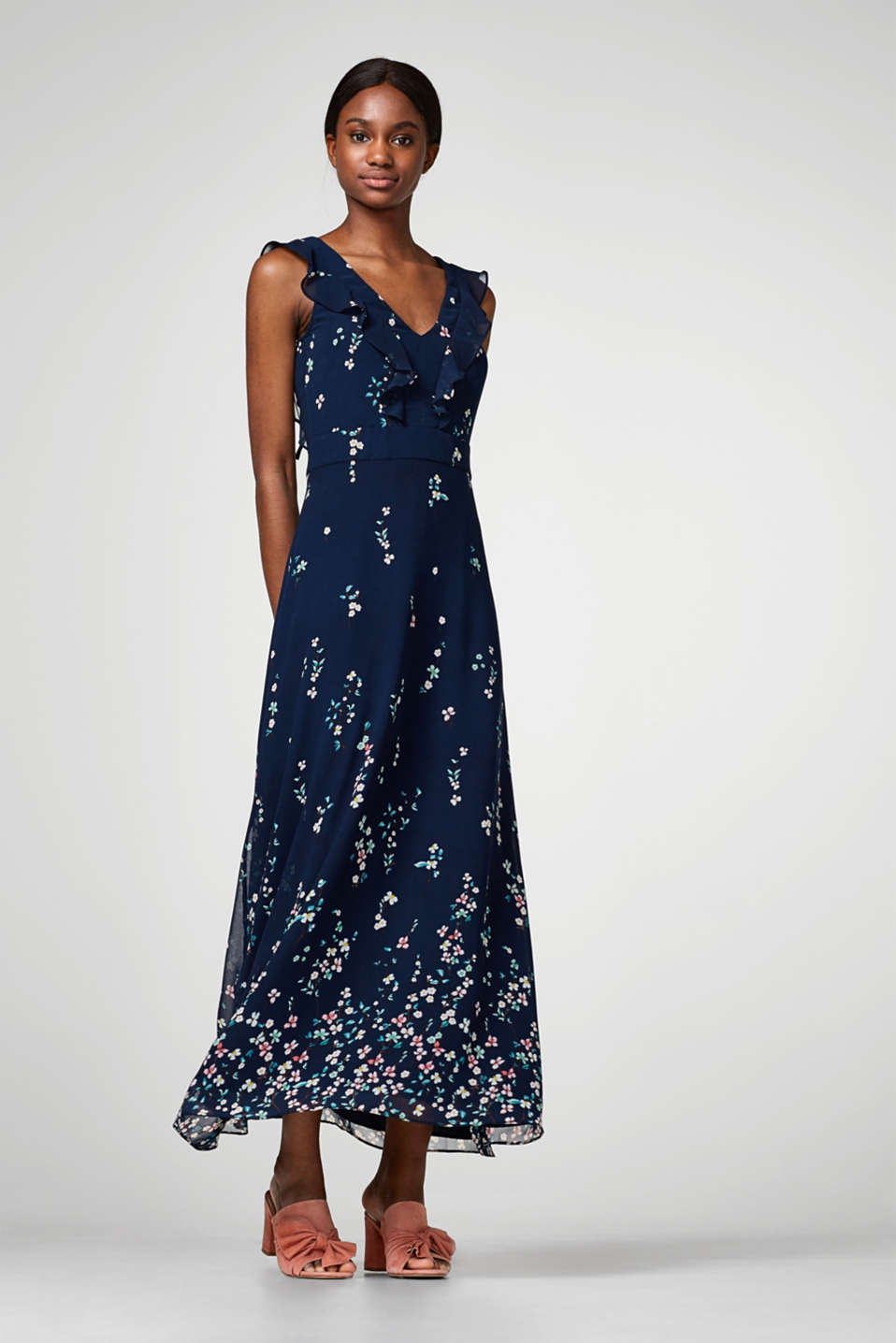 Esprit - Chiffon maxi dress with a print and frills