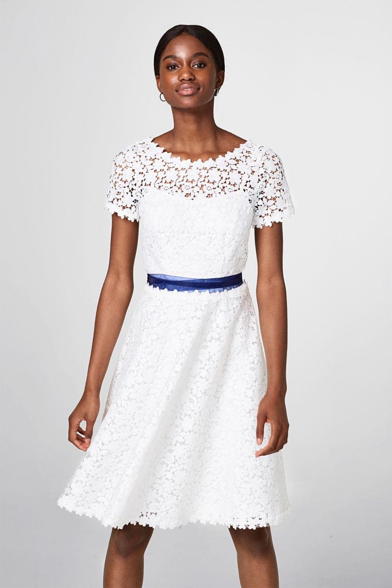 Brautkleid aus 3-dimensionaler Spitze