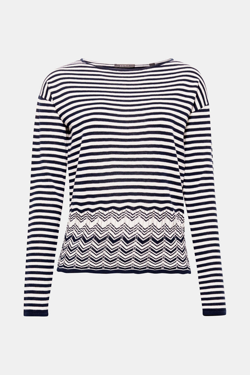 Our dearly loved stripes are made new: appliquéd with a modern zigzag pattern on a sporty knit!