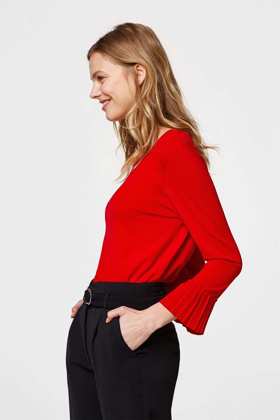 Esprit - Fine jumper with pleated sleeves